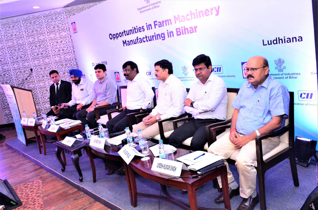 A delegation from Bihar talks to farm machinery manufacturers in Ludhiana